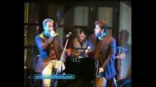 Χάρης Βαρθακούρης και Δημήτρης Κόκοτας τραγουδούν νησιώτικα