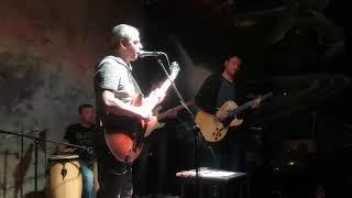 Video Paperbackmusic Got a Light Indigo bar