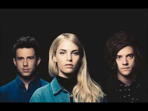 London Grammar - Bones Of Ribbon (Áudio)