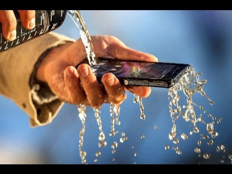How to fix a wet iPhone 4s in 2 minutes. Water damage repair.