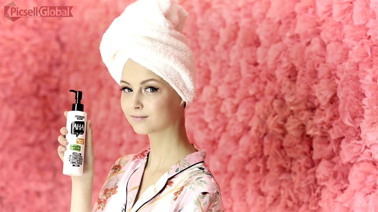 Beauty Products Videos Entice Customers To Buy