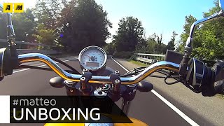 Moto.it Unboxing: Moto Guzzi V9 Roamer