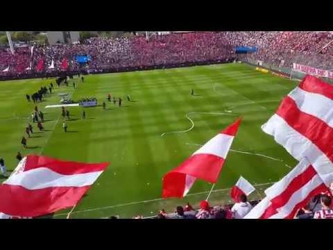 """""""fiesta total en el 15 de abril"""" Barra: La Barra de la Bomba • Club: Unión de Santa Fe"""