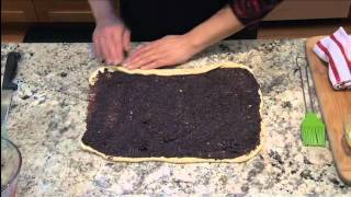 How To Make Leah's (so) Simple Kosher Poppy Seed Roll