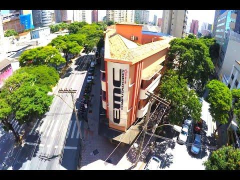 Drone sobrevoando cruzamento entre Av Bias Fortes, Rua Curitiba e Rua Timbiras em BH
