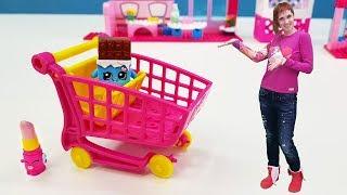 Видео для девочек. Шопкинсы и Маша Капуки собирают магазин.