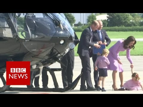 Princess pushes buttons on helicopter tour in Hamburg – BBC News