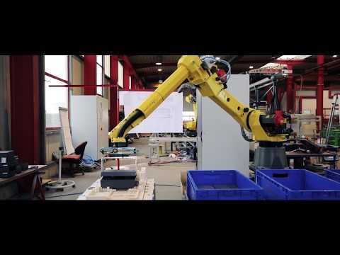 Erfolgsgeschichte: Ulrich Rotte realisiert Montagelinie für Torsteuerungen mit FANUC Robotern