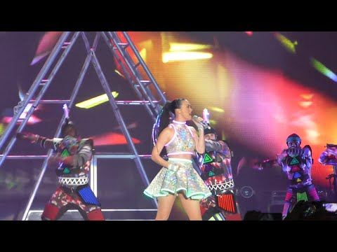 Katy Perry - Roar - Live in Montpellier (The Prismatic World Tour)
