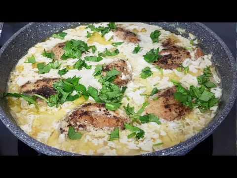 Если готовлю Курицу то только так/ в сметанном соусе
