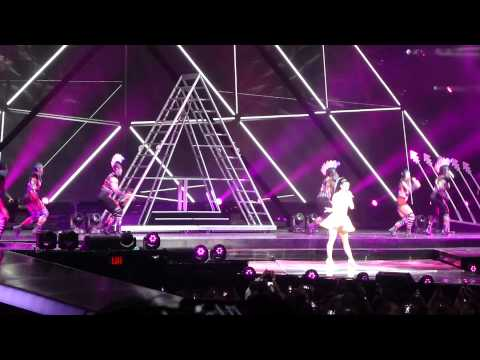 Katy Perry - Roar live (opening song) Columbus OH 8.13.14 Prismatic Tour