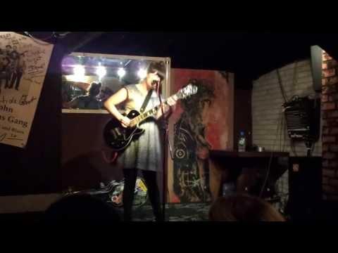 Julie Doiron - The Gambler - live Munich 2013-05-18