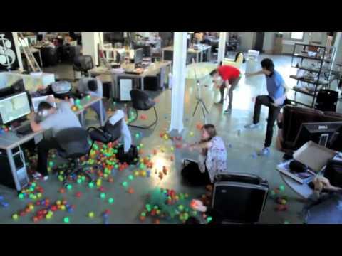 ניסוי מגנטים ענק או איך חנונים מעבירים את הזמן