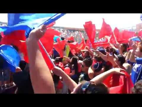 """""""Salida U de Chile vs Zorras / Los de Abajo 2014"""" Barra: Los de Abajo • Club: Universidad de Chile - La U"""