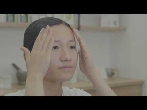 La toux avec le rhume aux helminthes