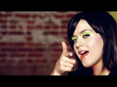 Katy Perry - Hot N Cold (Official) Screenshot 4