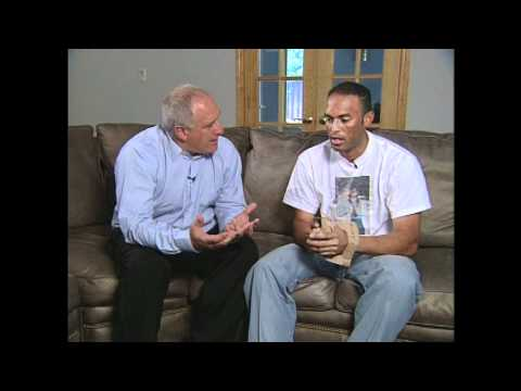 Mariano Rivera Talks About His First Glove | Steiner Sports Memorabilia