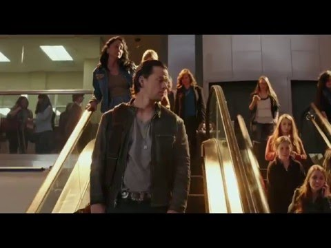 Daddy's Home Daddy's Home (TV Spot 'In Cinemas Now')