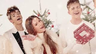 Kadr z teledysku Święta to czas niespodzianek tekst piosenki Roksana Węgiel, Zuza Jabłońska, 4Dreamers