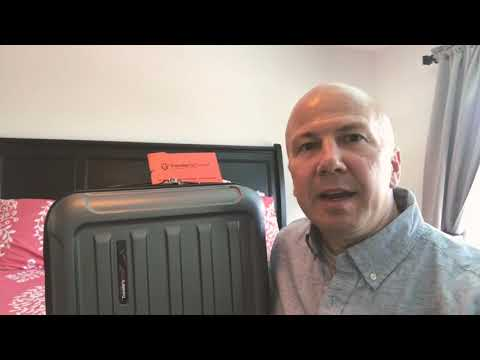 Traveler's Choice Art of Travel suitcase review