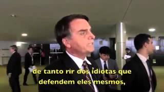 """'Violência se combate com violência"""" diz Jair Bolsonaro e defende que a polícia mate mais"""