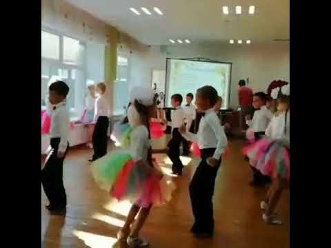 Гимназистки румяные - танцы