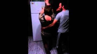 Пьяные танцы по домашнему...