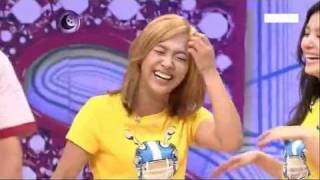 Download Video [Other] 100911 f(Luna) - Funny Moment with Leeteuk on SK E180 MP3 3GP MP4