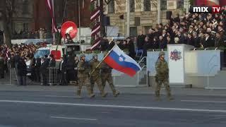В Риге прошел военный парад в честь столетия Латвии #MIXTV