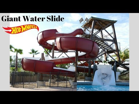 Hot Wheels Super Water Slide 250 Cars Pool Day