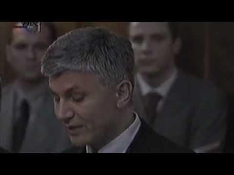 Konferencija za novinare Vlade Republike Srbije povodom izručenja Slobodana Miloševića