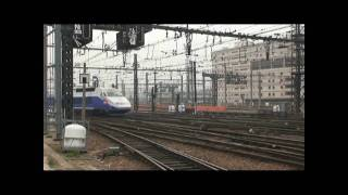 preview picture of video 'SNCF - Gare de Paris-Lyon fin octobre 2008'