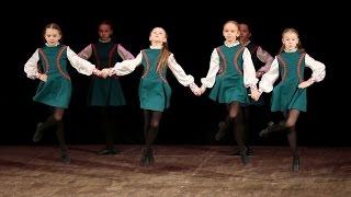 Ирландский танец, Прогулка по камням