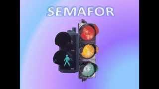 Semafor; čas je zelen čas je žut; saobraćajac to sam ja