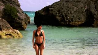 preview picture of video 'Beautiful Jobson Cove Beach In Bermuda'