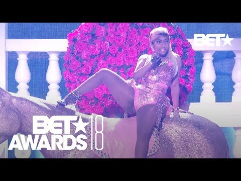 Uncut: Nicki Minaj  'Chun-Li' 'Rich Sex' & YG 'Big Bank' Ft. 2 Chainz & Big Sean | BET Awards 2018