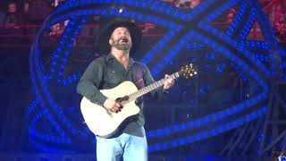 Garth Brooks sings Mom for Taylor's Mom Tami - Spokane Arena, Nov 12, 2017