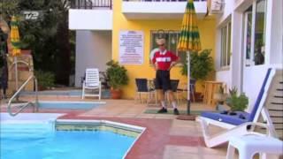 Jan Fra I En Anden Del Af Danmark - Skal Du I Swimming Pool? Ja Fandme Ja!