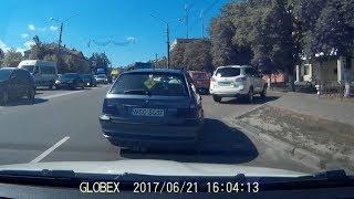 Эпичный ПАРКОВАНЕЦ заблокировал въезд на СТОЯНКУ г.  Борисполь 21 06 2017
