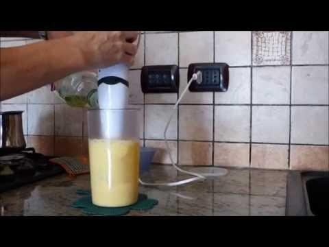 Come togliere il grasso da superficie di cucina