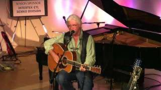 Arlo Guthrie & Family pay tribute to Mary Travers