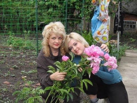 Иван васильевич меняет профессию кто поет песню счастье