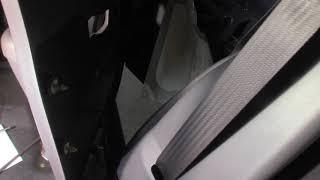 2001 Ford Explorer Sport Trac Door Stuck Closed - Part 1 - Opening the door
