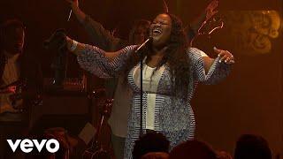 Tasha Cobbs Leonard - Fill My Cup Lord (Live At Passion City Church)