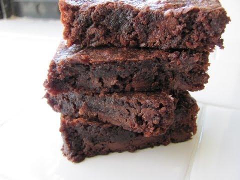 Healthy Fudge Brownie Recipe - HASfit Coconut Flour Brownies - Vegan Gluten Free Brownie Recipe