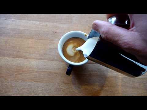 Latte Art mit Ikea Milchkännchen