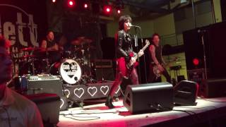 "Joan Jett & the Blackhearts - ""Victim of Circumstance"" Live 04/29/17 Millersville University, PA"