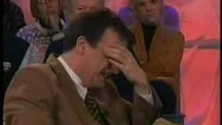 'Boemerang': Erik Hartman laughs at his guests. Subtitled.