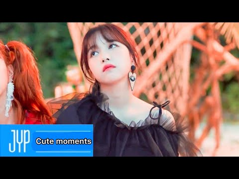 "TWICE - ""Chillax"" (Teaser) ""SUMMER NIGHTS"" Tracks Preview"