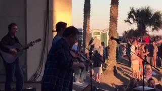 "Josh Turner sings ""Jacksonville"""